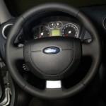 обшивка салона гладкой кожей на Ford Fusion
