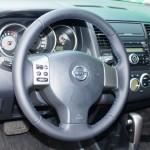 Nissan Tiida перетяжка руля наппой