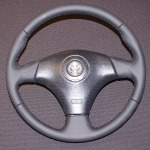 кожаный руль с перфорацией на Toyota Celica