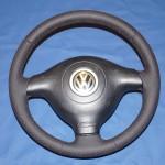 VW Golf IV GTI перетяжка руля перфорированной кожей